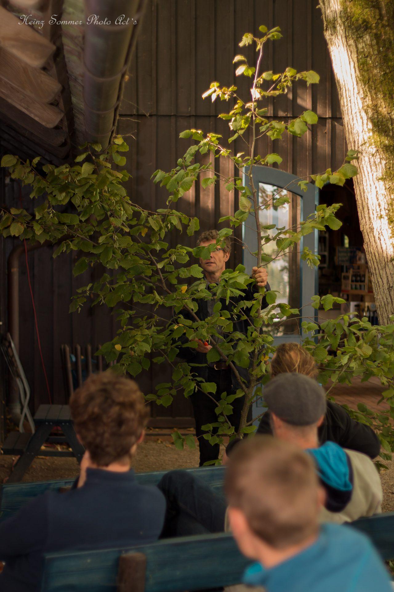 Kai Bergengrün hält Vortrag über Schlankschnitt in Buttenheim bei Bamberg - Busch Baumpflege